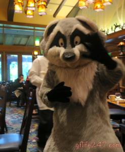 Allergy Dining at Storytellers Cafe in Disneyland