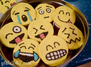 How to make EMOJI CUPCAKES (Gluten Free and Vegan)