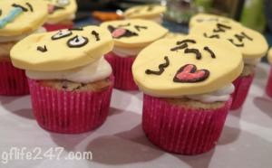 How to make EMOJI CUPCAKES (Gluten Free and Vegan)