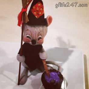 Cauldron Cupcakes for Halloween