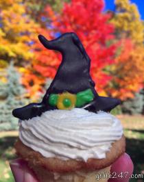 DIY Spider Cupcakes (Gluten Free, Vegan)