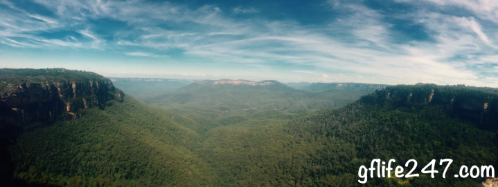 blue mountains australia panorama